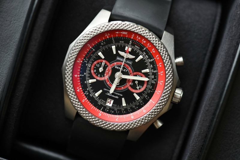Fake Breitling Bentley Watch Front View