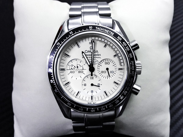 Replica omega watches speedmaster apollo 13 silver snoopy award review high quality replica for Omega watch speedmaster
